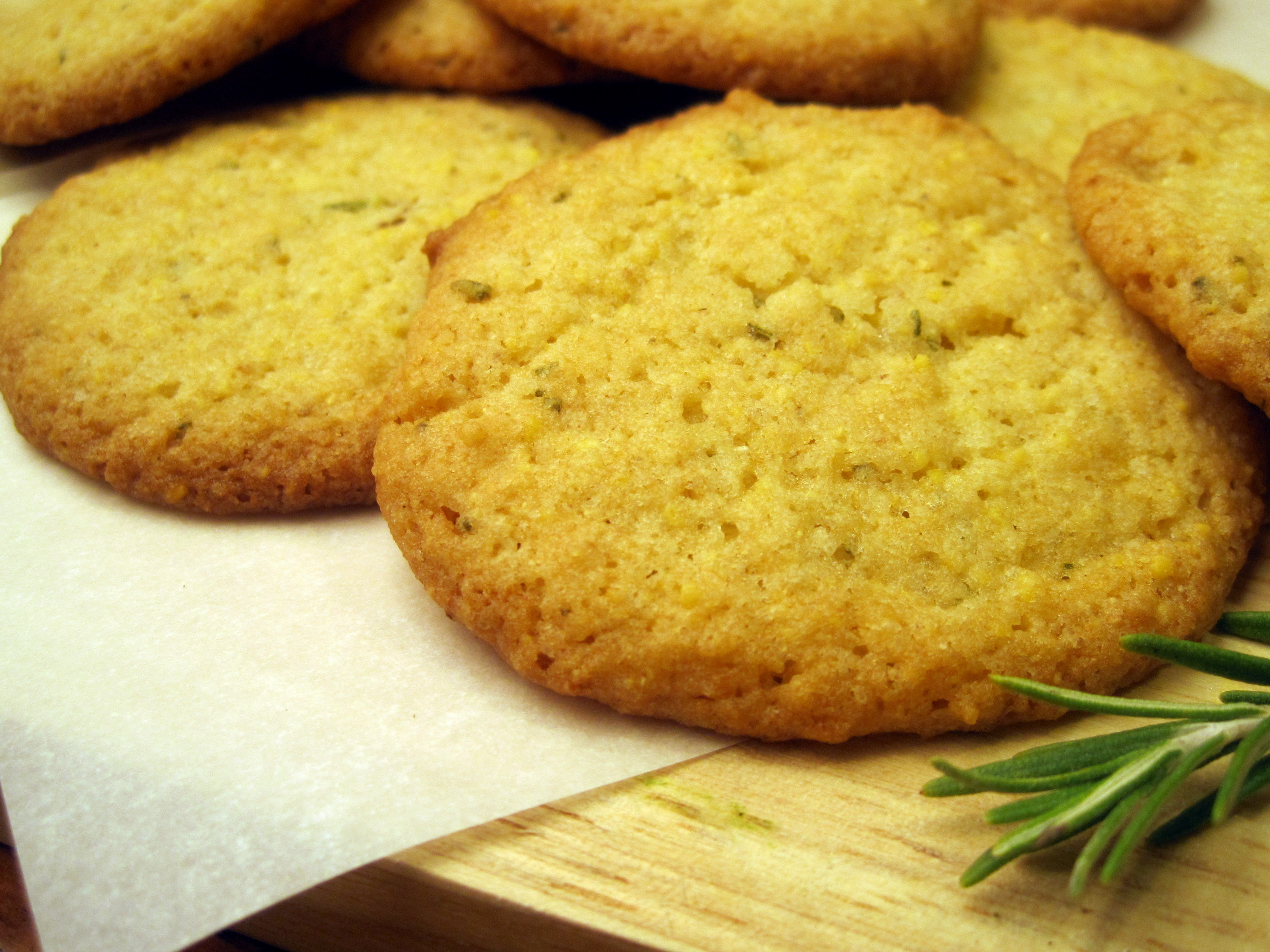 Rosemary Lemon Cornmeal Cookies | The Austin Gastronomist